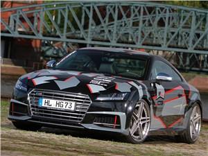 HG Motorsport / Audi TT-S вид спереди