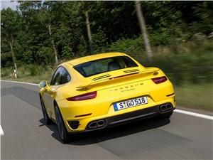 Porsche 911 Turbo 2013 вид сзади