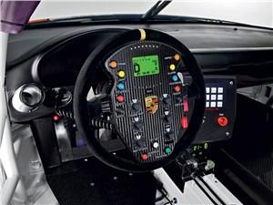 Предпросмотр porsche 911 gt3 r hybrid 2.0 2013 водительское место