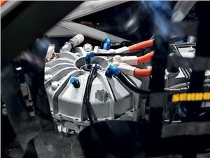 Предпросмотр porsche 911 gt3 r hybrid 2.0 2013 маховик-накопитель системы kers