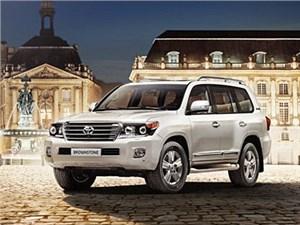 В России начались продажи специальной версии внедорожника Toyota Land Cruiser 200