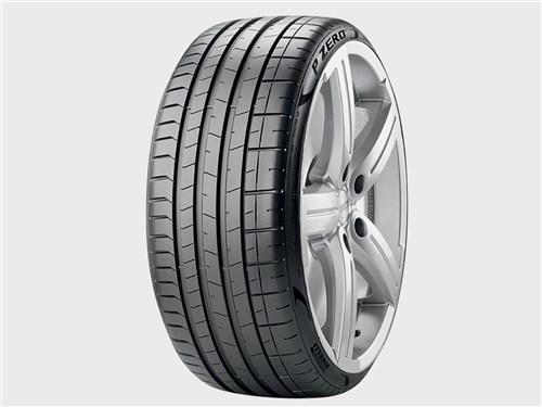 Pirelli P Zero Sports Car / Luxury Sedan
