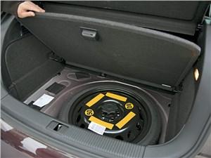 Audi A1 2011 багажное отделение