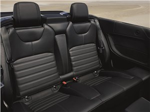 Land Rover Range Rover Evoque Convertible 2016 кресла второго ряда