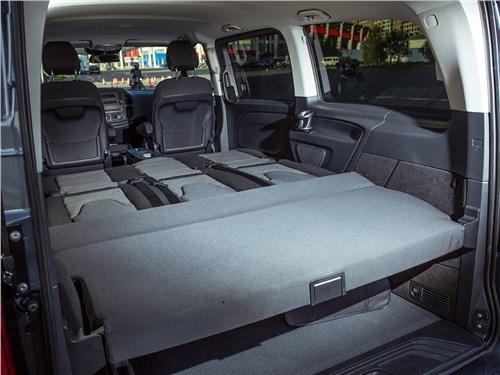 Предпросмотр mercedes-benz vito tourer 2015 задние сиденья
