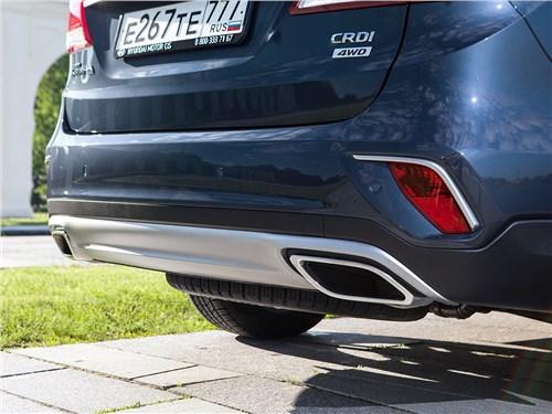 Hyundai Grand Santa Fe 2016 задний бампер