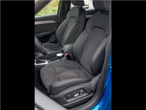 Audi Q3 2015 передние кресла