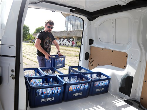 Peugeot Expert 2017 багажное отделение