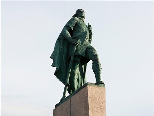 Лейф Эрикссон Счастливый – скандинавский мореплаватель, побывавший в Америке на 500 лет раньше Колумба
