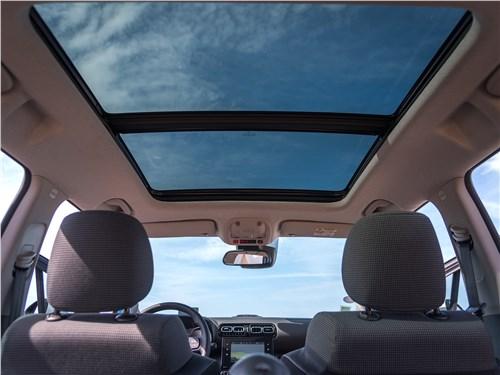 Предпросмотр citroen c3 aircross 2018 панорамная крыша