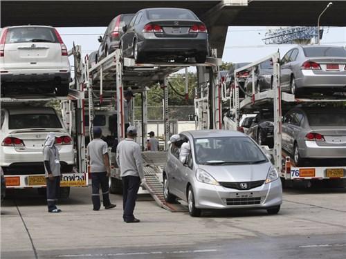 Премьер-министр поддержал отмену установки ГЛОНАСС на праворульных автомобилях