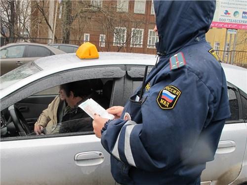 Из такси уберут нелегалов