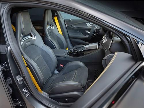 Mercedes-AMG GT 4-Door Coupe 2019 передние кресла