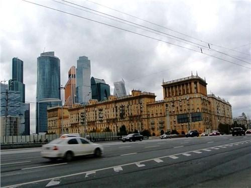 В Москве назвали самую быструю и самую медленную дороги