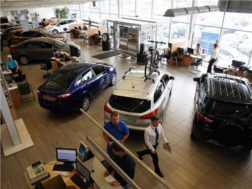 Правительство направит на поддержку автопрома еще 10 миллиардов рублей