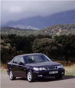 Предпросмотр saab 9-5 2001 седан вид спереди справа фото 2