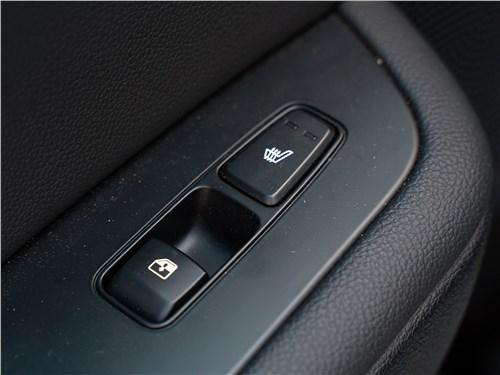 Kia Seed SW 2019 клавиши в задних подлокотниках