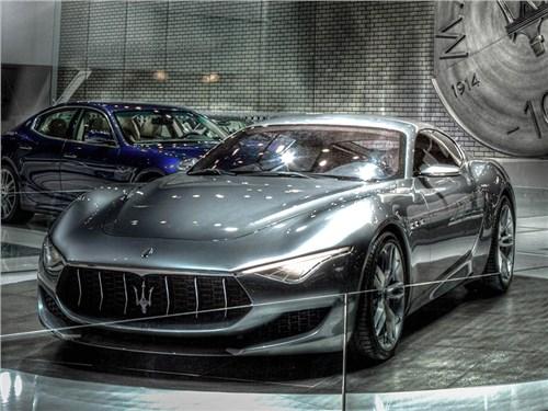 Maserati обновила план выпуска новых моделей