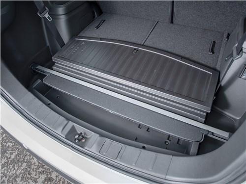 Mitsubishi Outlander 2018 багажное отделение