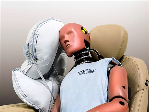 В Hyundai снова изобрели подушки безопасности