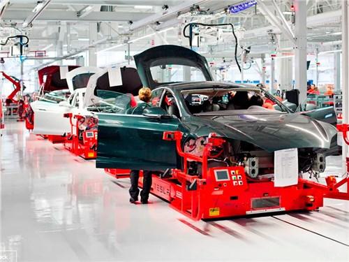 Сами не справляемся Tesla купила еще одного производителя батарей.