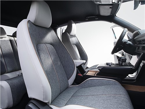 Предпросмотр mazda mx-30 2021 передние кресла