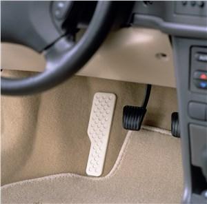 Предпросмотр saab 9-3 2001 педальный узел автомобиля с автоматической коробкой передач