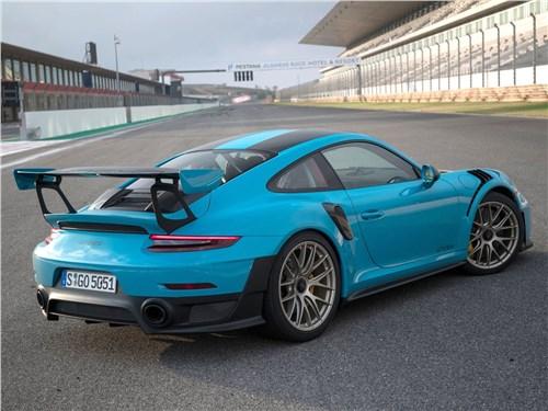 Предпросмотр porsche 911 gt2 rs 2018 вид сзади