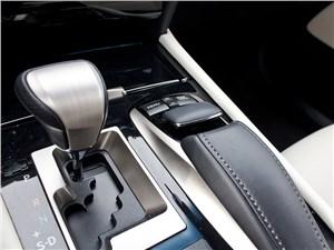 Lexus LS 600h F Sport 2012 вариатор