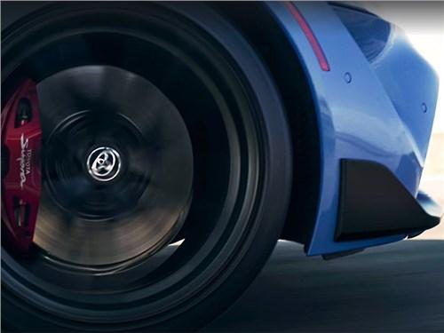 Новость про Toyota - Toyota готовит что-то быстрое и интересное