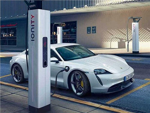 Новость про Porsche Taycan - Porsche Taycan