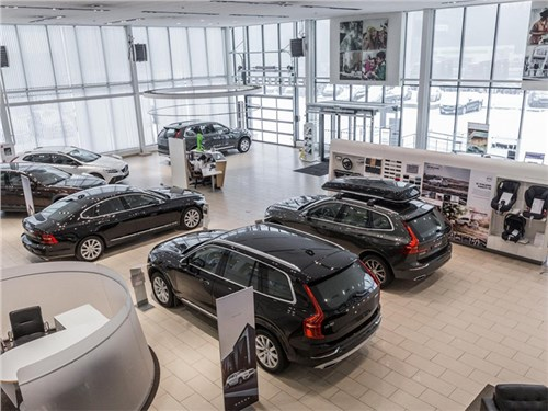 Власти рассказали, когда выгоднее всего купить новый автомобиль