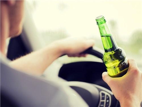 В Госдуме предложили отбирать машины у пьяных водителей