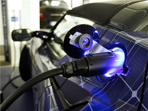 Китайцы создали очень живучую батарею для электромобилей