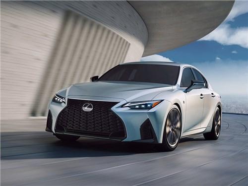 Новый Lexus IS официально представлен