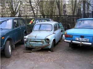 Половина машин в России старше десяти лет