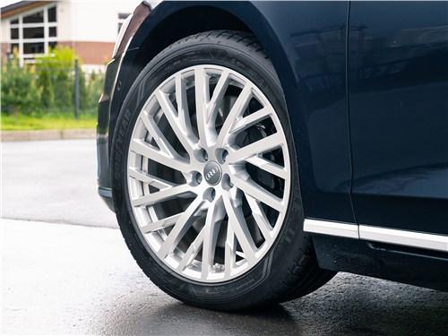Audi A8 2018 колесо