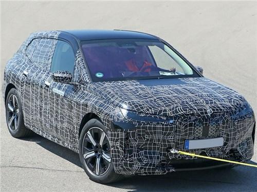 Электрический кроссовер BMW iNext замечен на тестах