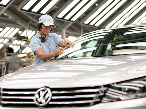 Новость про Volkswagen - Volkswagen будет самостоятельно разрабатывать АКБ