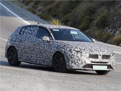Новость про Peugeot 308 - Подключаемый гибрид Peugeot 308 вышел на тесты