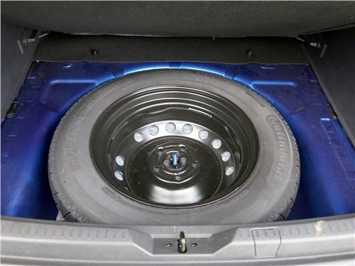 Renault Kaptur 2020 запасное колесо