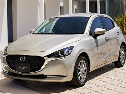 Mazda 2 обновилась