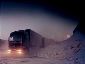 Предпросмотр mercedes-benz actros 4 раза становился грузовиком года
