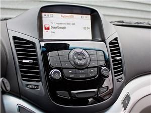 Chevrolet Orlando 2013 центральная консоль