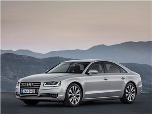 Всепогодный высший класс (Audi A8, Bentley Continental Flying Spur, Mercedes S-klasse, Volkswagen Phaeton) A8 - Audi A8 2014 вид спереди 3/4