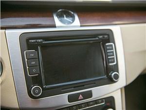 Volkswagen Passat CC 2011 магнитола