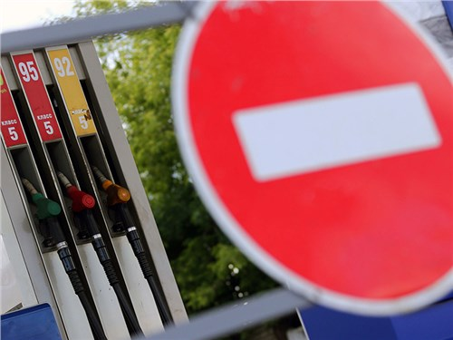 Недоливом топлива на АЗС занялась полиция