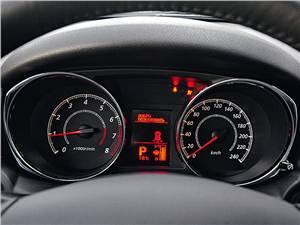 Peugeot 4008 2012 панель приборов