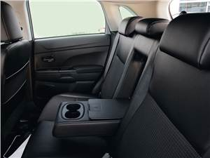 Peugeot 4008 2012 задний диван
