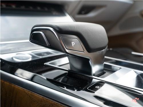 Audi A8 L 55 TFSI quattro 2018 8АКПП